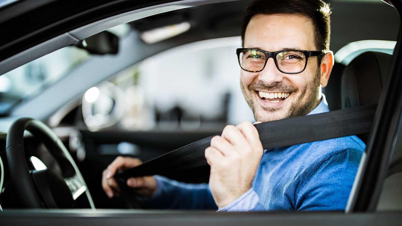 Accessori per auto, i gadget che non possono mancare per un'estate on the road