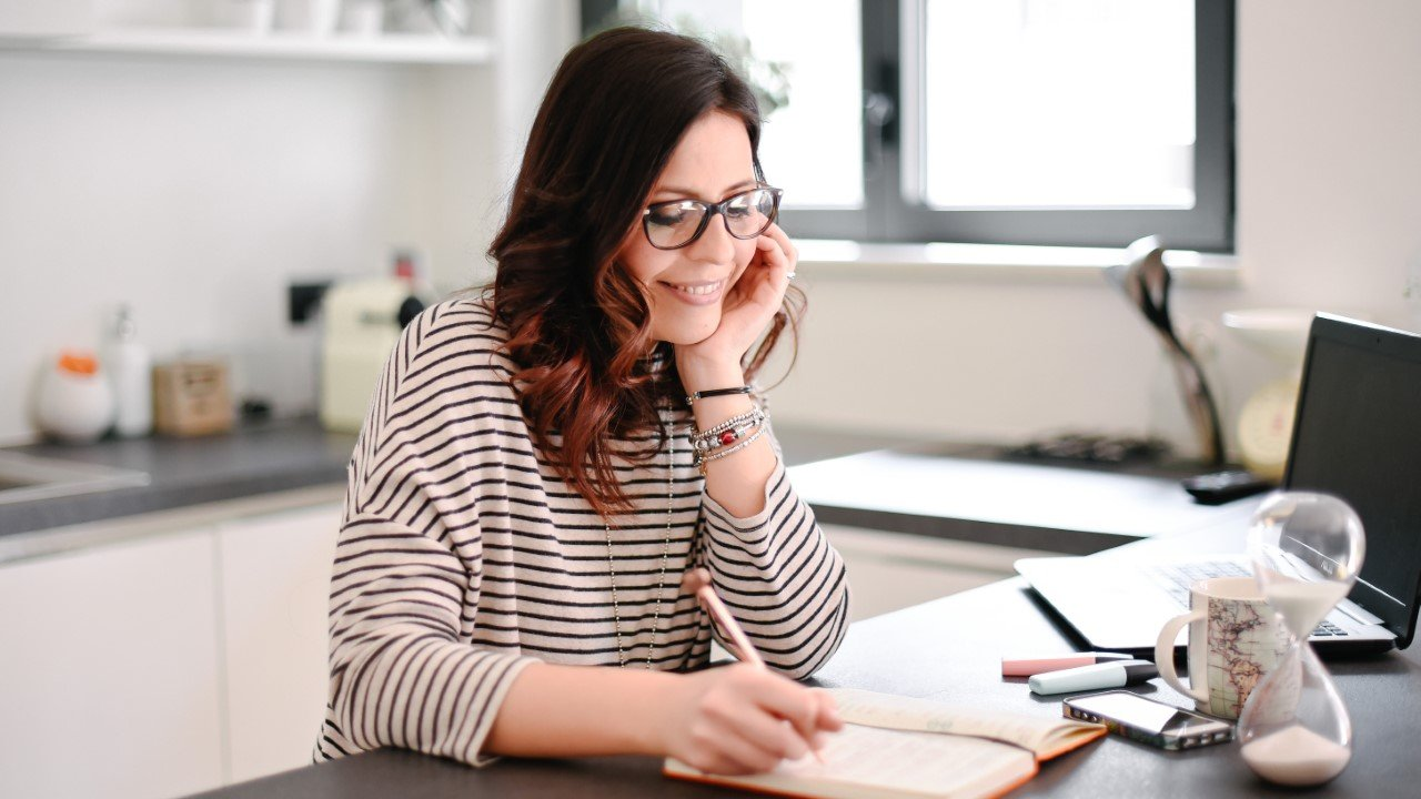 I suggerimenti dell'assistente virtuale Monica Spinazzola per riuscire a organizzare al meglio il proprio lavoro
