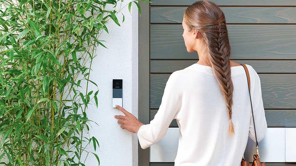 Campanello Intelligente Netatmo. Scopri chi suona alla porta dal cellulare! Il Video