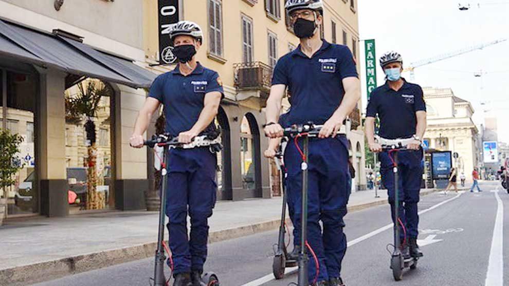 Piste ciclabili a Milano, esordio dei vigili ecologici
