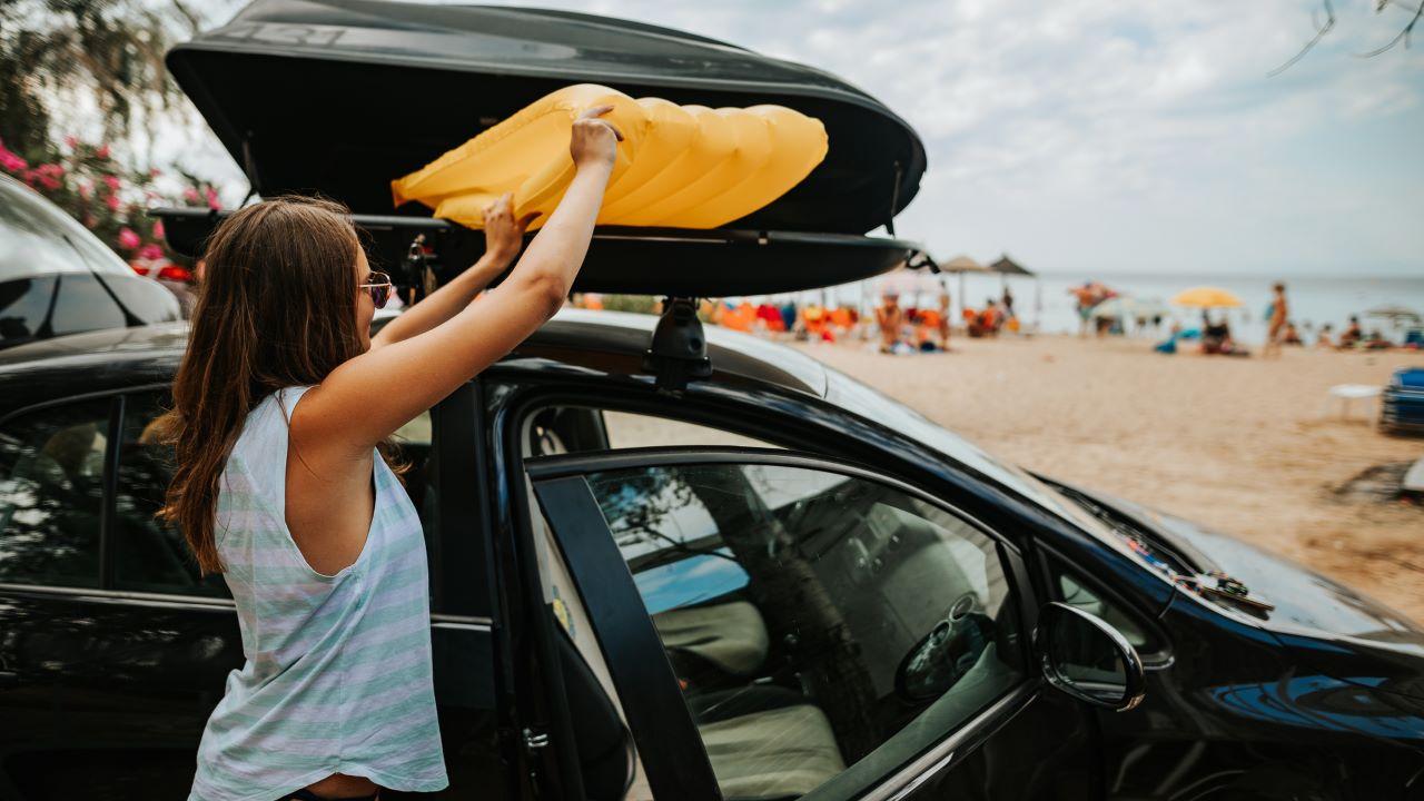 Portapacchi per auto, 5 suggerimenti per la scelta perfetta in vista dell'estate