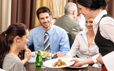 Alimentazione in pausa pranzo, 9 regole per un pasto al lavoro tra gusto e salute
