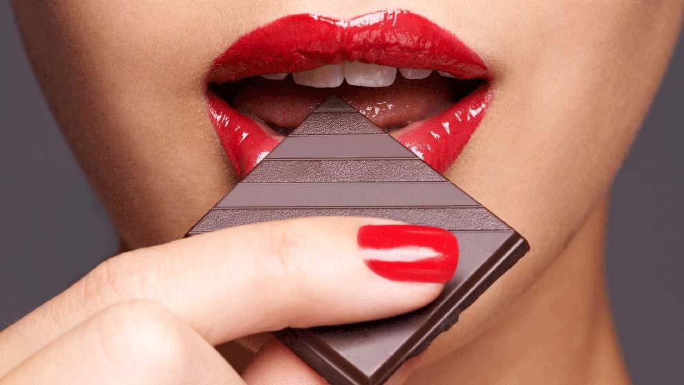 Il cioccolato non va assolutamente masticato! Ecco il motivo