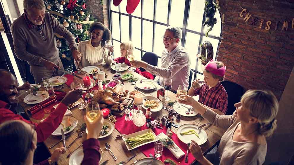 Come non ingrassare durante le feste natalizie e godersi piatti prelibati