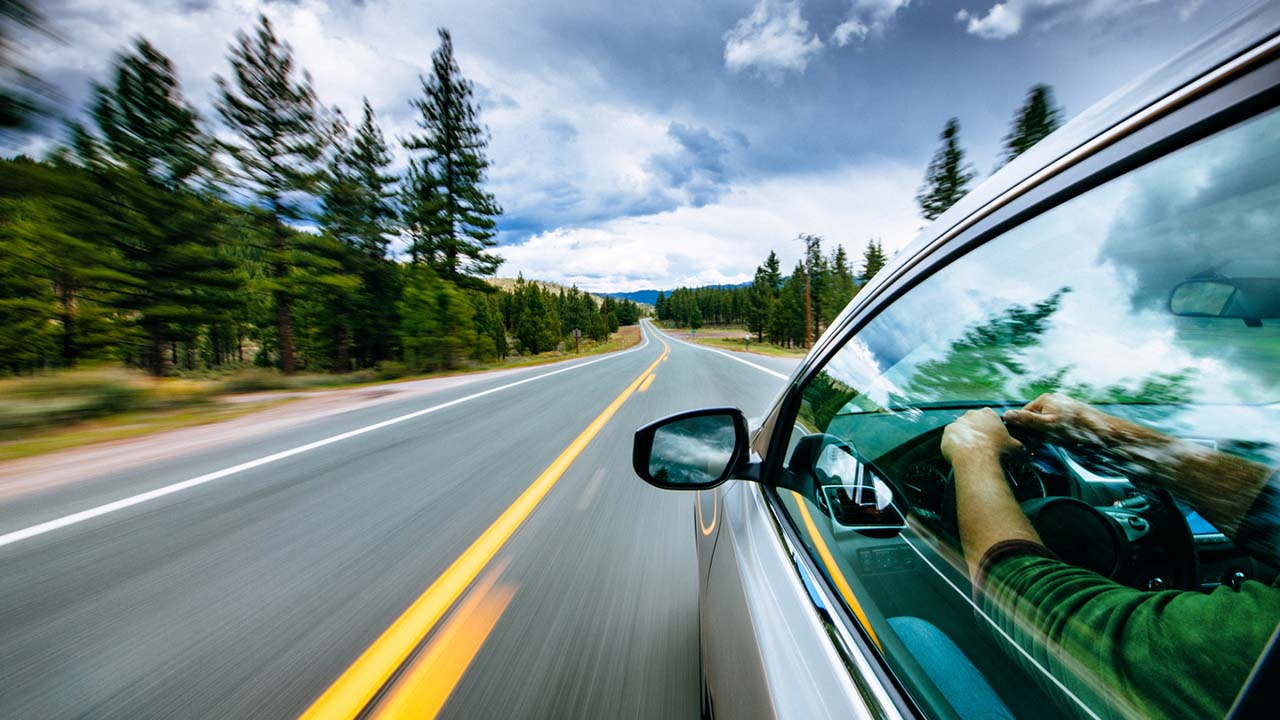 Giornata della Terra, le scelte consapevoli per un 2021 all'insegna della sostenibilità al volante