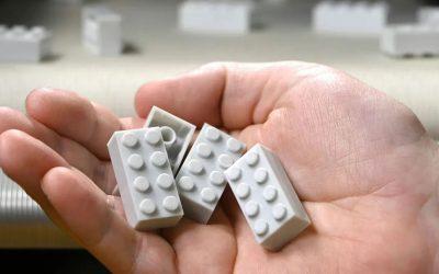 LEGO presenta il primo prototipo di mattoncino realizzato con plastica riciclata