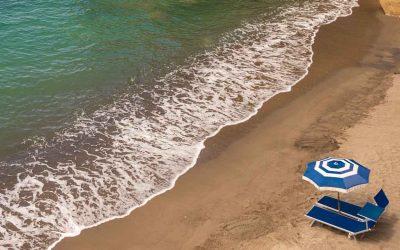 Listino spiagge, un'estate al mare più cara rispetto agli altri anni. Serve persino la caparra