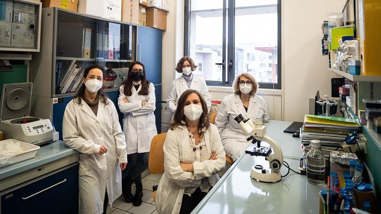 Batteri mangia-plastica per riciclare i rifiuti organici. Il progetto di ricerca dell'Università di Milano-Bicocca